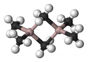 GRAISSEALUMINIUM1
